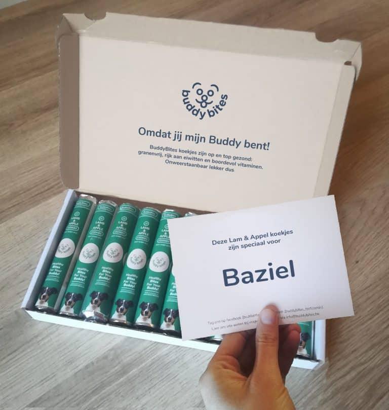 Online bestelling van hondenkoekjes voor Baziel zijn geleverd aan huis.