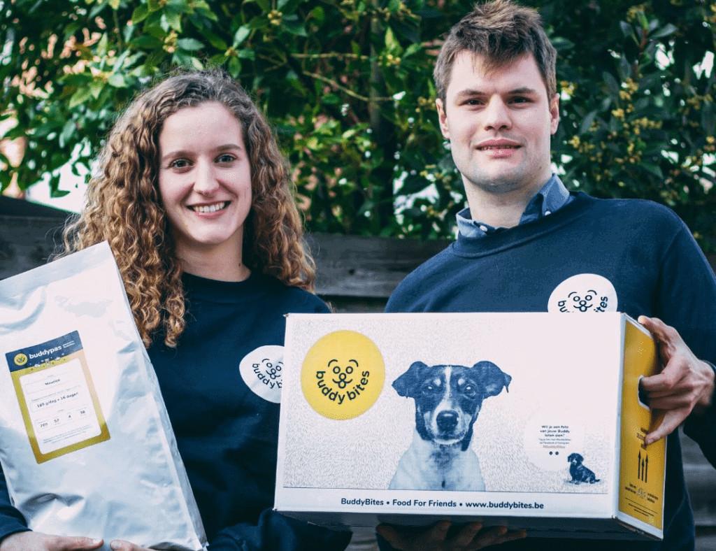 hondenvoer wordt tot aan je deur geleverd, makkelijk en gezond