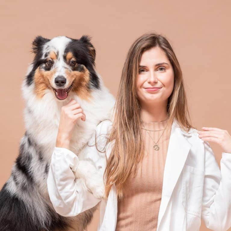 Dierendokter Ellen BuddyBites met hond